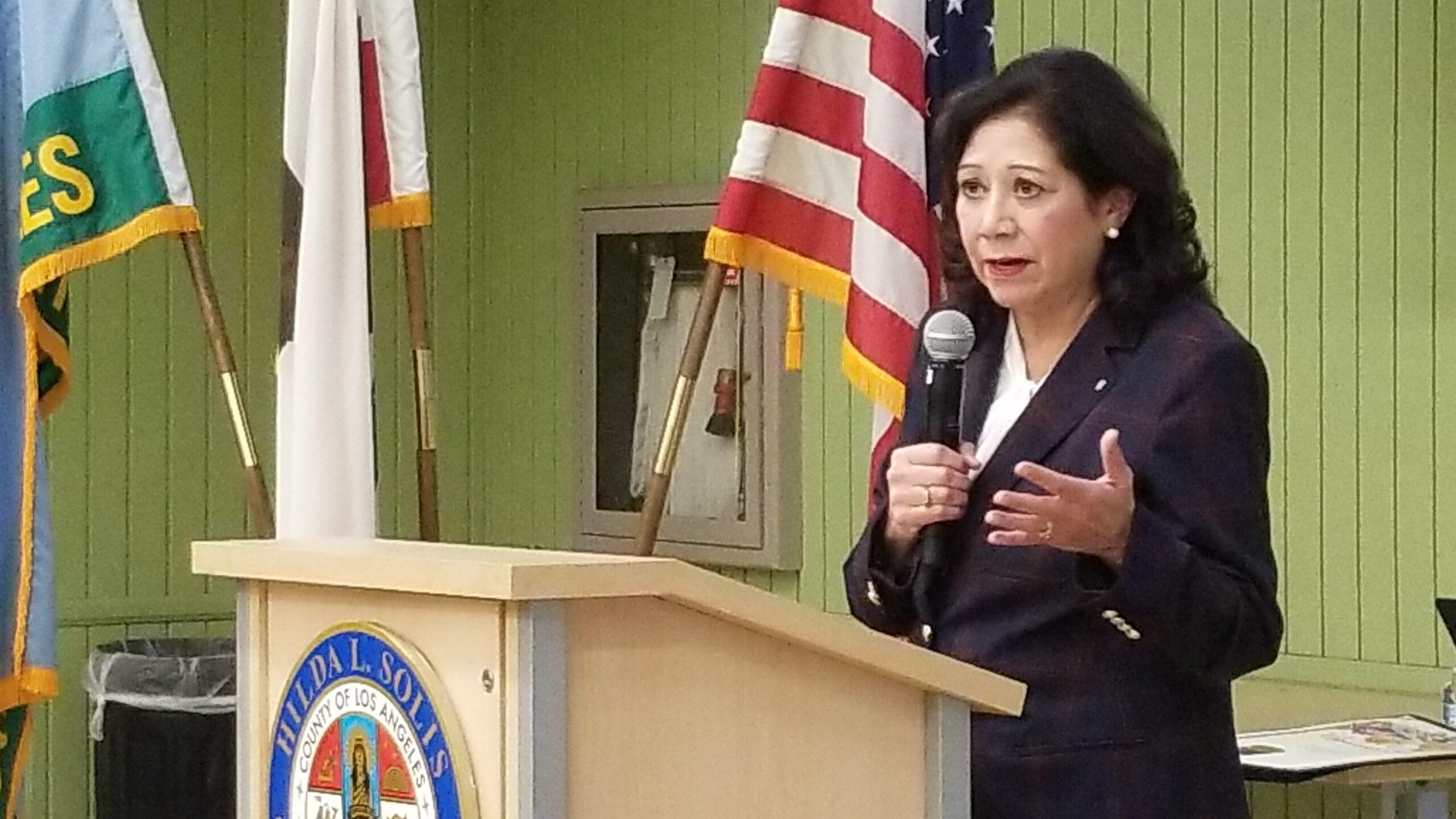 La Supervisora del Condado de Los Ángeles Hilda L. Solís.