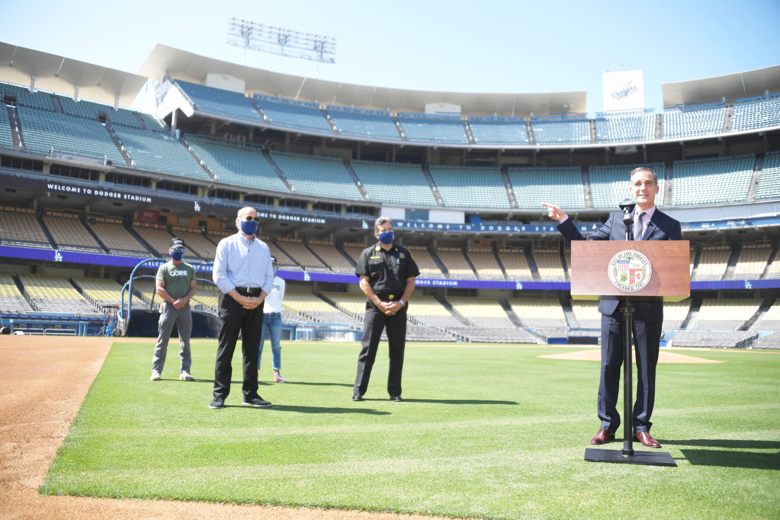 Los Angeles Mayor Eric Garretti at Dodger Stadium Tuesday, May 26,2020.Photo by Jon SooHoo/ ©Los Angeles Dodgers,LLC 2020.